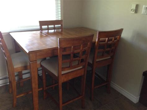 Pub Style Dining Table And 6 Chairs Central Nanaimo Mobile Dining Table