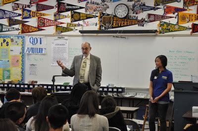 Uc Riverside Mba Dean by Ucr Newsroom Ucr Dean Visits Local High School Stresses