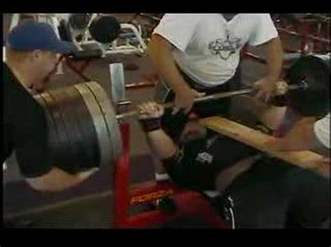 ryan bench ryan kennelly lifts 1120 in the gym youtube