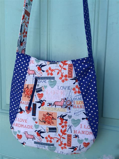 no pattern tote bag modern curves tote bag with free pattern the stitching