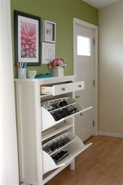 Entry Shoe Storage | 20 shoe storage cabinets that are both functional stylish