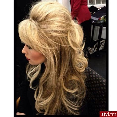 bumbed up bobs 1000 ideas about bouffant hairstyles on pinterest