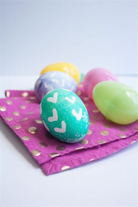 easter egg decor 20 creative and easy diy easter egg decorating ideas