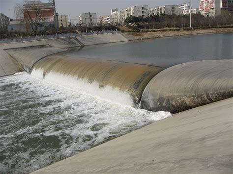 rubber dam st file slope rubber dam jpg wikimedia commons