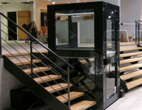 piattaforme elevatrici per interni piattaforme trasporto persone prodotte da colombo c