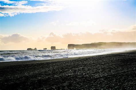 black sand beach iceland black sand beach at vik tineey bloglovin
