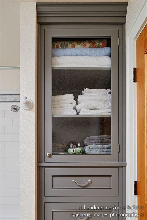 Bathroom Built In Storage Ideas by Best 25 Bathroom Linen Cabinet Ideas On