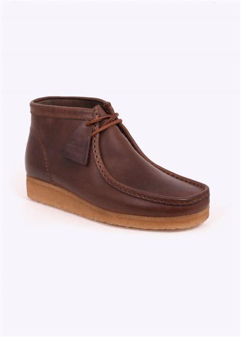 clarks wallabee boot clarks originals wallabee boot horween leather camel