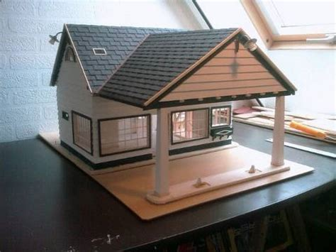 model houses to build building a scale model house old gas station in 1 18 scale