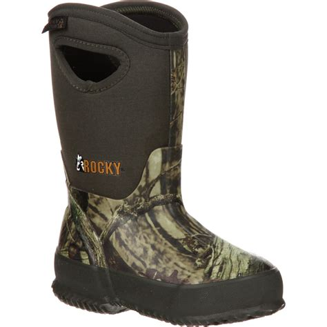 Insulated Rubber Boots by Rubber Waterproof Insulated Pull On Boot Rocky