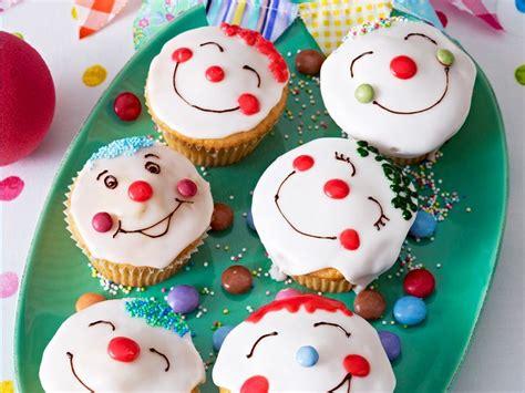 lustige kuchen kindergeburtstag die besten 17 ideen zu lustige cupcakes auf