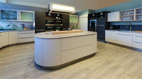 cuisine avec ilot central arrondi cuisine ouverte avec 238 lot central 58 sublimes mod 232 les d
