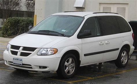 how does cars work 2003 dodge caravan lane departure warning file 2007 dodge caravan sxt jpg wikimedia commons