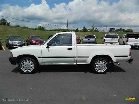 1994 Toyota Truck White 1994 Toyota Regular Cab Exterior Photo