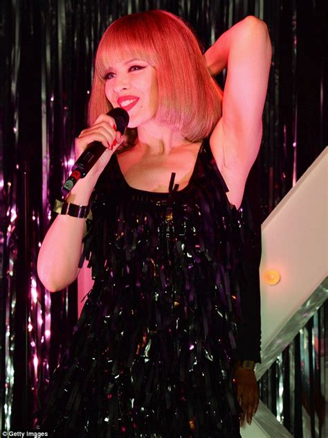 Kylie Minogue turns heads as she debuts a new fringe and