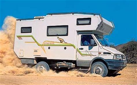 Accu Mobil Terrano 4x4 motorhomes en safari road all wheel drive allrad