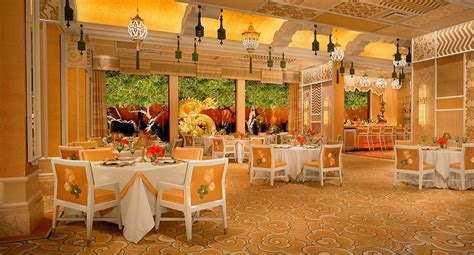 las vegas restaurants with dining rooms las vegas dining restaurants wing las vegas