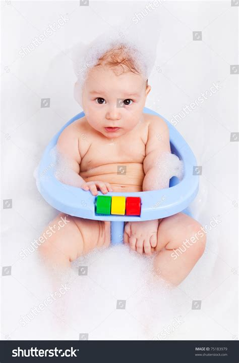 Bathtub For 6 Month by Six Months Baby Sitting In The Baby Bath Chair