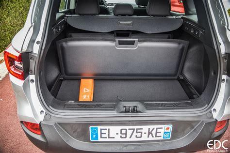 100 Renault Kadjar Trunk Vid 233 O Peugeot 3008 Vs