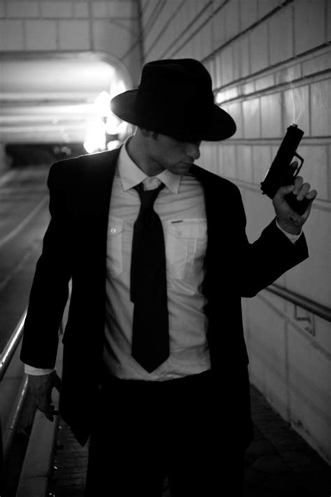 common themes in film noir detective noir costumes