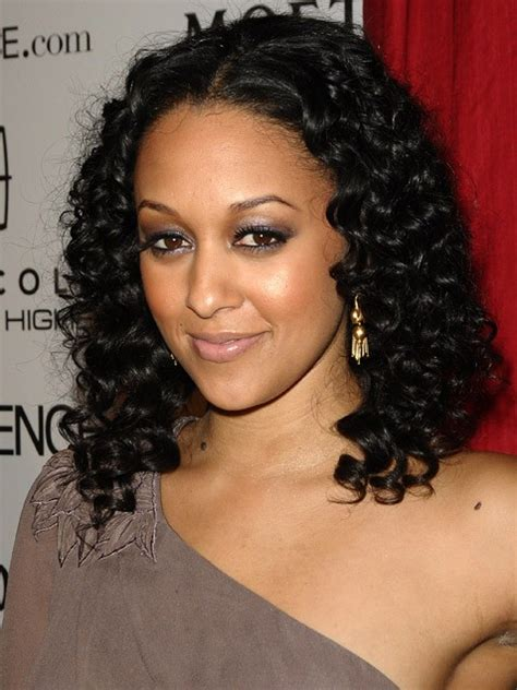 tia haircut 2014 medium hcw tia and tamera hairstyles hype hair