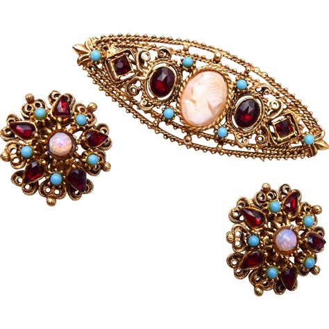 Florenza Set florenza cameo brooch earring set with turquoise and
