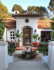 Classic Home Interiors by Best 25 Spanish Style Homes Ideas On Pinterest Spanish