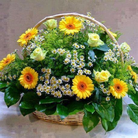 1000 images about flowers in basket on flower basket baskets and florists