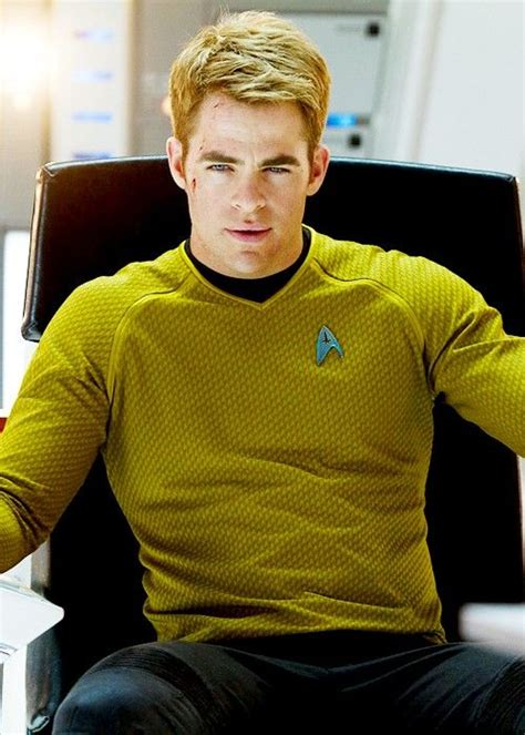 capt kirk hair star trek into darkness chris pine as james t kirk