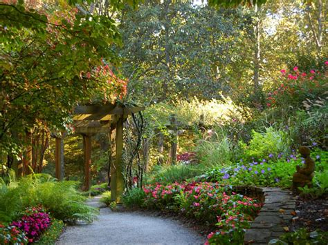 Backyard Garden Florist by Backyard Flower Garden Ideas Marceladick