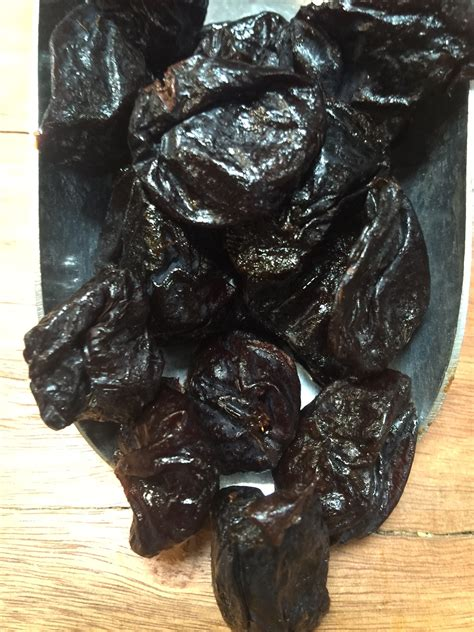 prunes pitted conventional gm rustic pantry