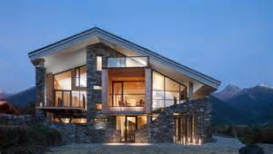 Incredible Houses by Modern Mountain House Incredible Houses Glass House