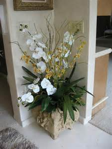 artificial floral arrangements and artificial plant