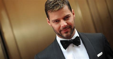 reses: Pop Singer Ricky Martin Wallpapers P