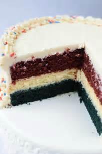 white blue velvet cheesecake cake wine glue