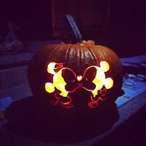 cute pumpkin carving ideas  pinterest carving
