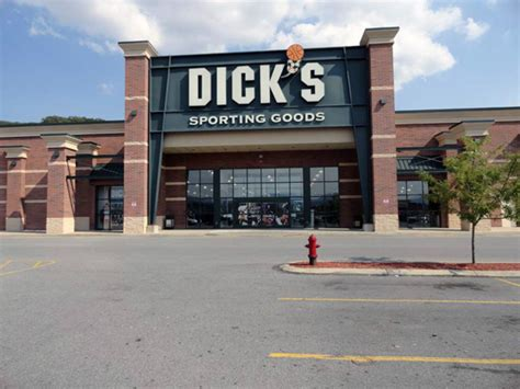 s sporting goods store in altoona pa 97