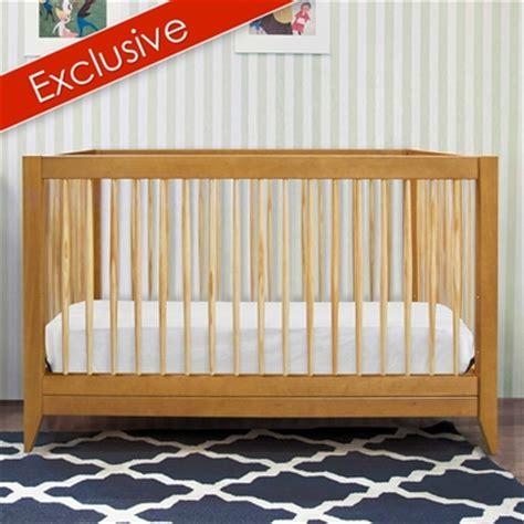 Davinci Highland Crib by Davinci Highland 4 In 1 Convertible Crib With Toddler Rail