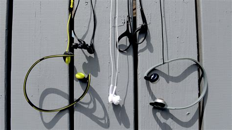 best headphones for running 2012 fitmodo the best headphones for running gizmodo australia