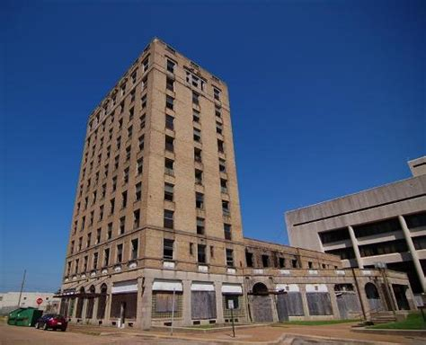 mccartney hotel texarkana