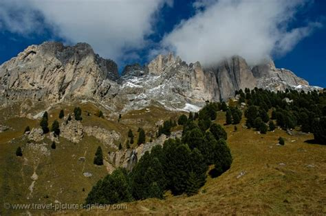 travel trip journey dolomites italy pictures of italy the dolomites 0050 steep eroded peaks