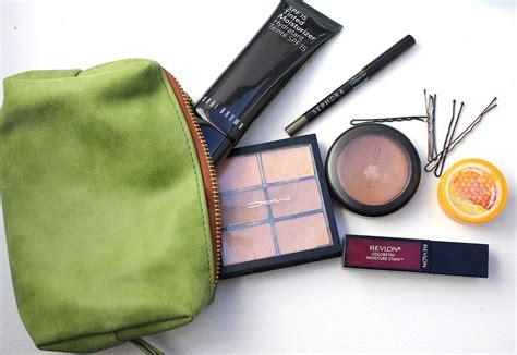 Inside My Makeup Bag by What S In My Bag Kirsten Murphy Makeup