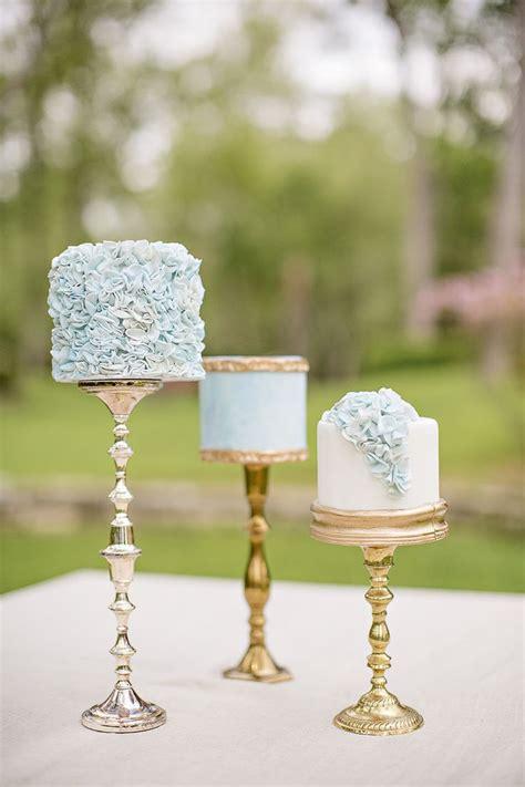 Mini Wedding Cakes by 21 Cutest Mini Wedding Cakes Modwedding