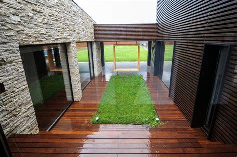 Umama Casa Plus Design 6 gallery of a b house andreescu gaivoronschi 10