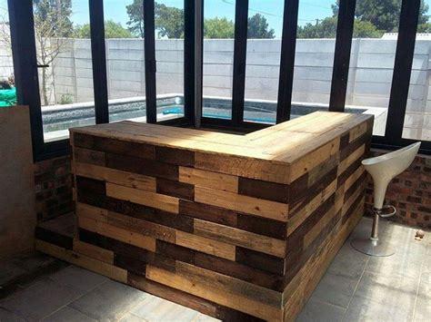mobili riciclati arredo giardino con angolo bar fai da te in bancali riciclati