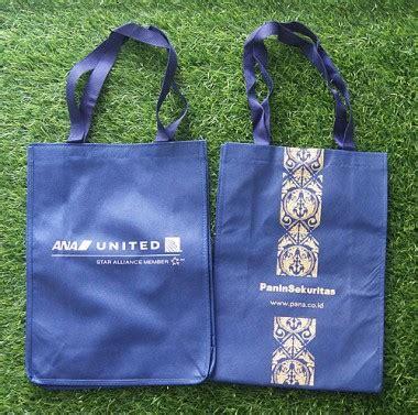 Tas Spunbond Serut Sablon L Karakter Souvenir Ulang Tahun Anak Unik buat tas souvenir goodie bag bahan spunbond sanjaya mitra sejati