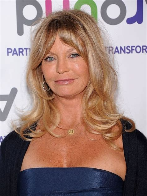 68yr old women celebrities celeb the beautiful goldie hawn women celebs over 50