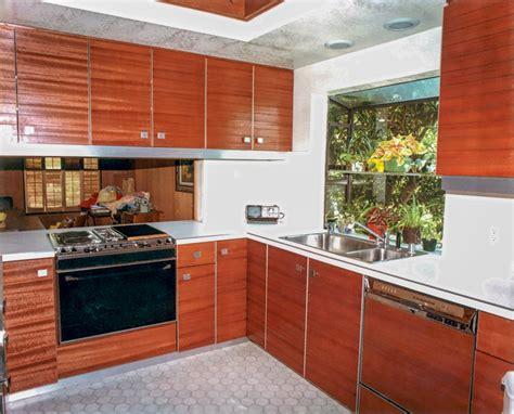 sleek kitchen cabinets sleek skylit kitchen danilo nesovic designer 183 builder