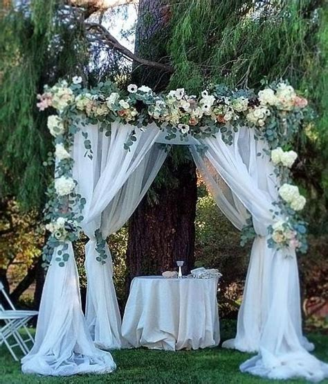 Best 20  Wedding Arch Tulle ideas on Pinterest   Simple