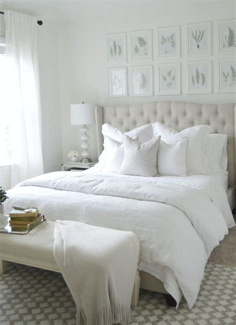 how to decorate a white bedroom 25 best ideas about white comforter bedroom on pinterest